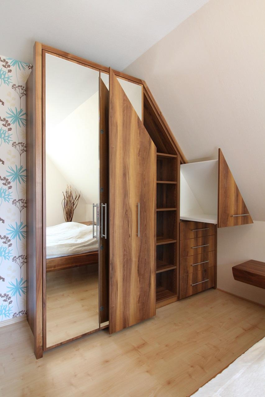 Dachschräge Im Schlafzimmer Optimal Genutzt